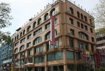About Envoy Continental / Envoy Continental Hotel, Islamabad, Pakistan, is conveniently located in the heart of key business vicinity. Its operation / services started in Aug 2000.