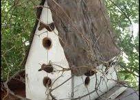domki i karmnik dla ptakow