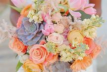 Spring Wedding Flowers / Beautiful, fresh flowers to make use of the gorgeous seasonal flowers of spring for your wedding.