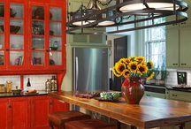 kitchens / by Tara Reid-Salazar
