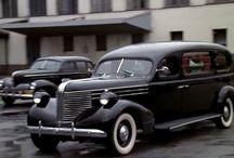 B&W cars / Hearses and ambulances