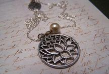 Jewelry I Admire / by Shelby Harris