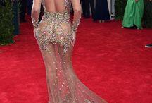 Beyoncé / Queen Bey, Yoncé, Sasha Fierce and Mrs Carter
