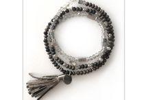 Armbänder / Exklusiver moderner Damenschmuck, mit Perlen aus der ganzen Welt und Einflüssen aus Asien, Indien, Tibet, Südamerika, verschiedenen Ländern und Kulturen.