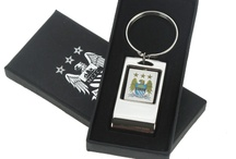 Manchester City Gifts / If you love #ManchesterCity then you are going to LOVE our range of personalised Manchester United football gifts! Available here: http://www.giftsonline4u.com/manchester-city-gifts.htm