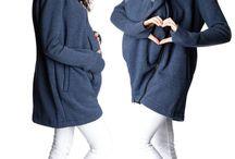 Unsere Produkte - Jacken & Mäntel / Hier stellen wir Euch unsere Jacken und Mäntel vor, die (nicht nur) für die Schwangerschaft und Stillzeit gemacht sind. Von Sweatjacke, über Fleecejacke bis hin zu 5in1 Tragejacken und Wintermäntel - alles findet Ihr hier! • Unsere Modelle sind zu 100% Unikate und werden ausschließlich in Handarbeit und Kleinstserien angefertigt. Von GoFuture ® with Love ! ♥