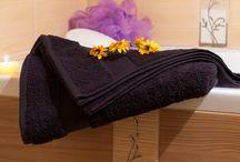 Ručníky / Ponúkame Vám farebné uteráky a osušky gramáže 400g/m2 zo 100% bavlny. Náš sortiment sme rozšírili na 27 farieb. Uteráky a osušky sú vyrobené z kvalitnej látky, majú pútka. Sú vhodné aj na vyšívanie. https://www.topgift.sk/collections/uteraky-a-osusky/products/osuska-dry