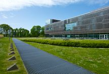 PGGM's Headquarters: the Landscape / We revisited the head office of PGGM insurance company in Zeist (Holland) and its surroundings, specially created to contextualize and interact with the building.