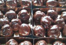 Profitterol / l'inico dolce della cioccolateria Tavoletta in tutte le varianti