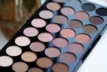 Makeup Revolution Reviews / We love reading reviews about our products!