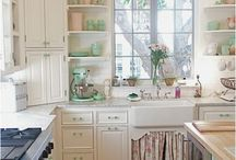 Cottage kitchen / by Megan Quinlan