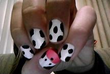 nails / by Brittani Mathews