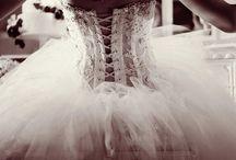 Weddingg / by Ali Newsom