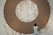 Round / Art, architecture, land, love, small.
