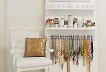 bedroom organizer / by Kelsey Nidd