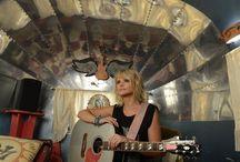 County music / by LeaAnn Swinney