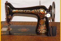An obsessive Sewing Machine Love / by Linda Cartlidge