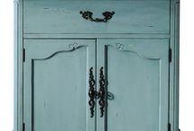 Home Decorators Collection Guest Stylist- Bed&bath