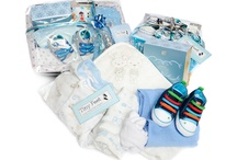 Mother & Baby Boy Hamper / www.tinyfeethampers.co.uk