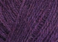 Our yarn / Our rich heather melange yarns come in various qualities such a Shetland, Lambswool and Cashmere blends.