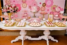 Dessert Tables / by Contents: Party, Christmas & Home