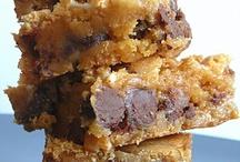 Foods that say UMMMM! / by Kathy Field Lewis