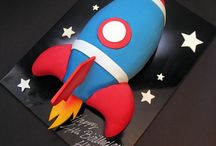Rocket space cakes