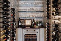 Wine Room with Glass Cage / Wine tasting room
