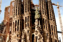 Antonio Gaudí / Arquitecto / by Carmen Paredes