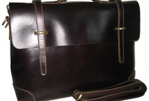 handmade-leather-bags-i-love / by alinland Eads