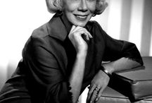 Bea Benaderet / Beatrice Benaderet (April 4, 1906 – October 13, 1968) was an American radio and television actress, comedienne, and voice artist.