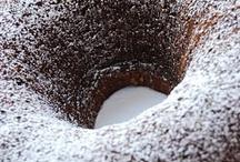 Decadent Desserts / by Lindsay Doernte