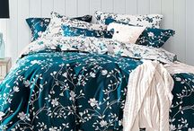 Moxie Vines - Teal and White