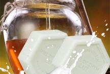 http://www.apigold.ro/en/sapun-natural / http://www.apigold.ro/en/sapun-natural/product/44-sapun-cu-miere-si-lapte-25g