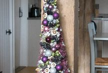 Christmas at The Cart Lodge / Christmas decorations to celebrate the season at Nightingales Farm.