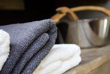 Topparoikka-sauna / Aseman sauna on 50 vuotta vanha, ratamiehille työsuhdesaunaksi rakennettu. Puukiuas, puurallit... tunnelma kuin mummolan saunassa