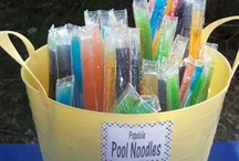 Stay Happy: Pool Birthday Party / Keep cool with these poolside birthday ideas / by Kelly Xavier