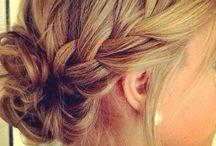 μαλλιά στο ύψος των ώμους