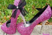 Shoe obsessed / by Rachel Whittenburg