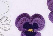 kwiatki szydełkowe