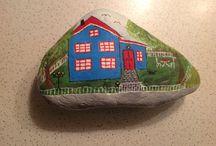 Taş boyama evlerim