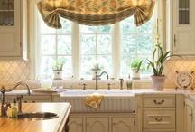 Kitchens / by Mary Kaye Shawgo
