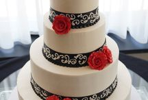 wedding cakes / by Jacqueline Nelson