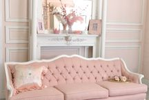 Traditional Sofas / A good quality traditional sofa makes the perfect addition to any home with a classic style. Browse this board for different colour way ideas and sofa styles that you may not have considered before!