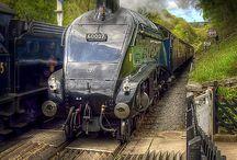 Ånglok o tåg. / Ånglok o tåg, gärna brittiska.