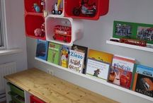 Kid's room/playroom organization