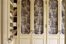 Master Bedrooms & Closets / Furniture and closets