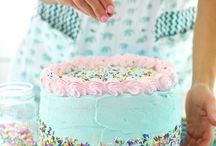 Cake Decorating / by Geneva
