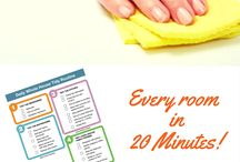Cleaning Checklists / Home cleaning checklists | cleaning routines | cleaning schedules - find more at https://housewifehowtos.com/printable-house-cleaning-checklists/