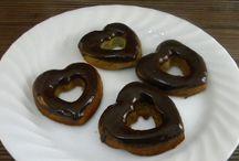Chocolate Treats (Coconut Flour Recipes)